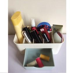 Tủ đựng mỹ phẩm mini tiện dụng