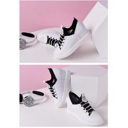 giày sneaker giả dây nữ thời trang mới