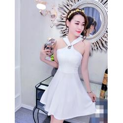 Đầm xòe cổ yếm kiểu Hàn Quốc