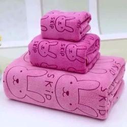 Bộ ba khăn tắm