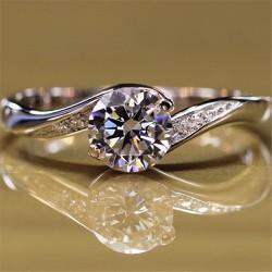 Nhẫn Nữ kim cương 1