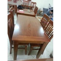 bàn ăn gỗ trẹo