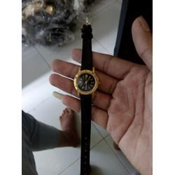 Đồng hồ dây da cực đẹp giá rẻ