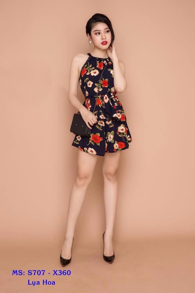 Set Áo Yếm Hoa Và Quần Short 1
