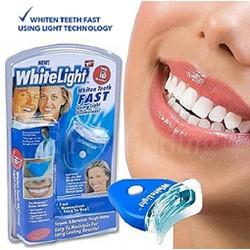 Dụng Cụ Làm Trắng Răng Tại Nhà