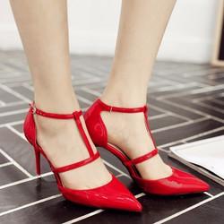 Giày cao gót bít mũi quai cài chữ T kiểu mới