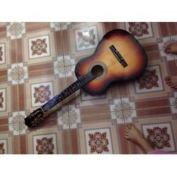 Đàn guitar giá re