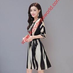 Đầm xòe thắt eo xinh , giá tốt