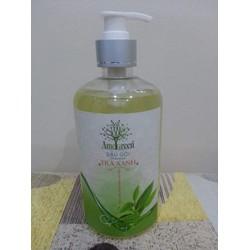 Dầu gội Trà xanh  Ame Green được chiết xuất từ tinh dầu thiên nhiên
