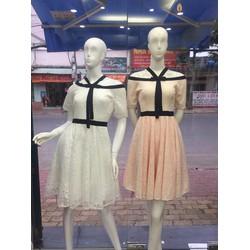 Đầm ren cổ bẹt