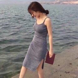 Đầm body y hình