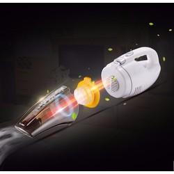 Máy hút bụi sạc điện Gold Aikia trên ô tô
