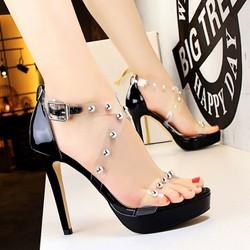 Giày cao gót hở mũi hàng hiệu
