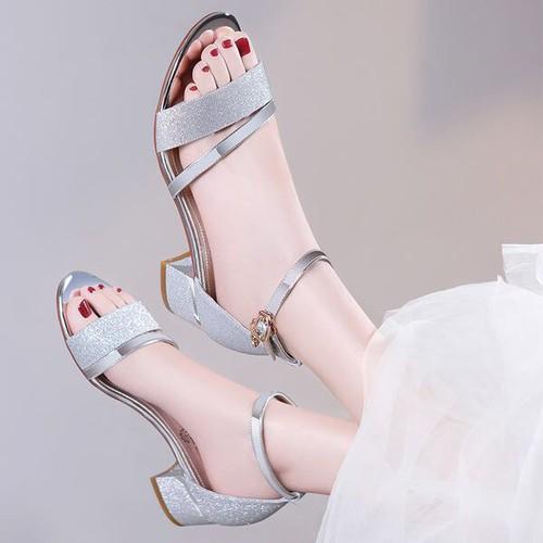 Giày sandal cao gót hàng cao cấp - 11057567 , 6722657 , 15_6722657 , 320000 , Giay-sandal-cao-got-hang-cao-cap-15_6722657 , sendo.vn , Giày sandal cao gót hàng cao cấp
