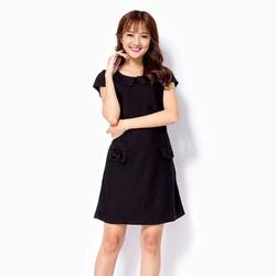 Đầm Khánh Linh phối nơ màu đen
