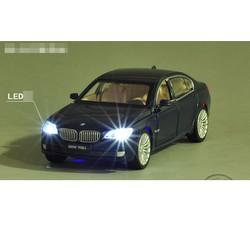 Ô Tô Mô Hình BMW 760Li
