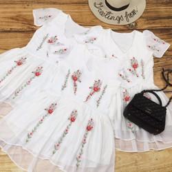 Đầm babydoll thêu hoa