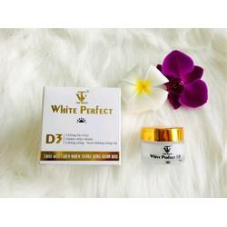 kem top white d3 chống nắng dưỡng trắng
