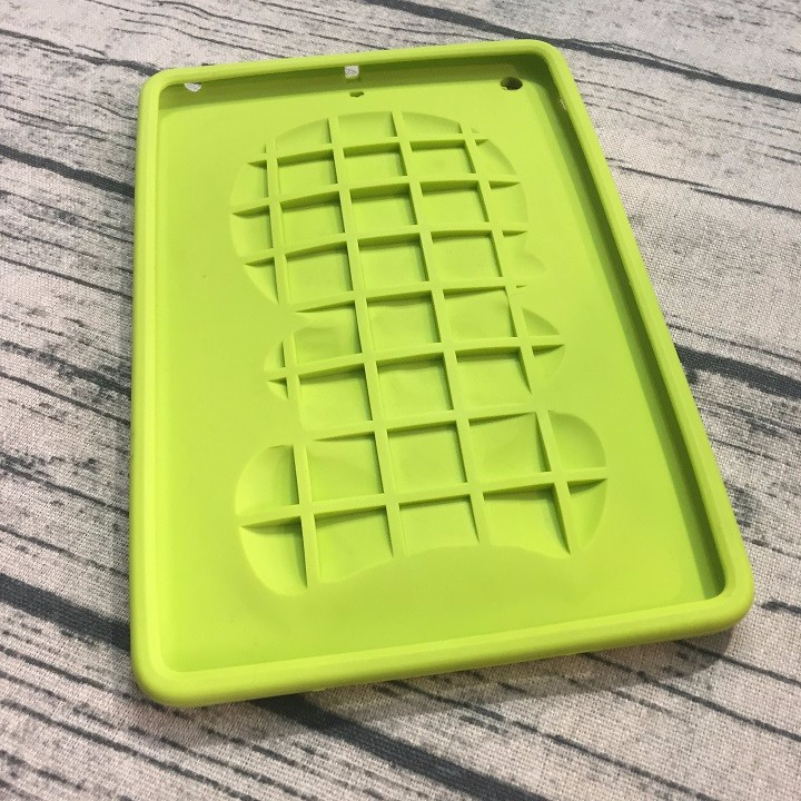 Ốp lưng Ipad Mini dẻo hình cậu bé 4
