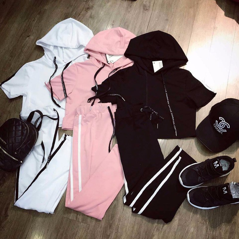 Bộ quần áo thể thao croptop 3