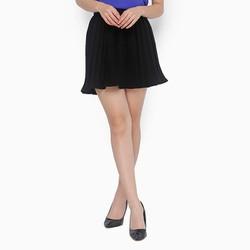 Chân váy xếp ly xòe màu đen xinh xắn