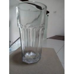 cốc thủy tinh