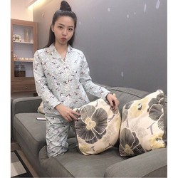 Bộ pyjama thô lụa