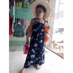 Jum hoa bé gái có sẵn tại shop nha các mẹ, kèm hình mẫu bé em mặc