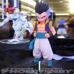 Mô hình Gotenks - Dragon Ball