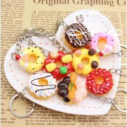 Móc khóa bánh Donuts