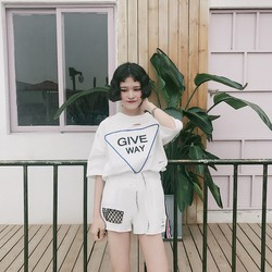 Bộ quần áo short Give way