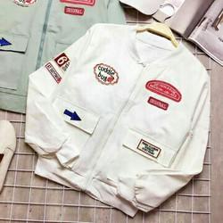 Áo khoác bomber dây kéo 2 túi đính logo