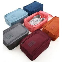 Túi đựng giày gấp gọn được tiện đi du lịch gọn nhẹ