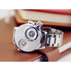đồng hồ nam 2 máy độc lạ