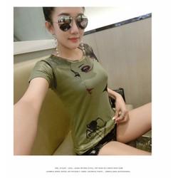 Áo thun hình cô gái  💘💘💘💘