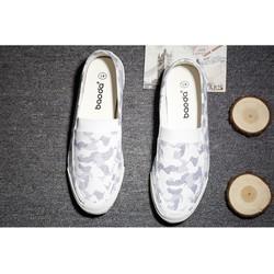 Giày  Nam dằn di trắng sữa .