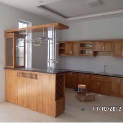 Tủ bếp gỗ căm xe, gỗ sồi, gõ đỏ và gỗ ghép, đặt theo kích thước bếp