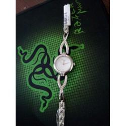 đồng hồ nữ kiểu đẹp cực sang chãnh