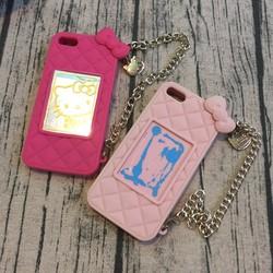 Ốp lưng Iphone 5 5s hello kitty. kèm xích đeo