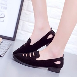 Giày mọi kiểu dáng mới
