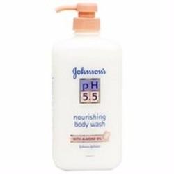Sữa tắm dưỡng ẩm Johnson  Johnson pH 5.5 Tinh dầu hạnh nhân chai 750ml