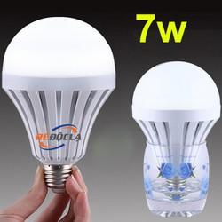 Bóng đèn Led thông minh tích điện 7W