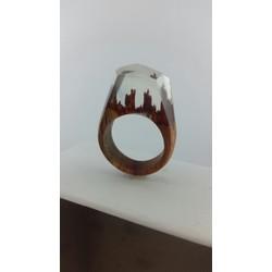 Nhẫn gỗ - thành phố lãng quên