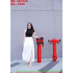 Sét áo 3 lỗ đen phối chân váy xẻ đùi sành điệu phong cách SEV443