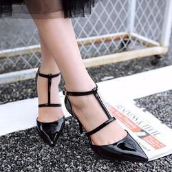 Giày  cao gót quai cài chữ T CK251