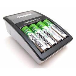Máy sạc pin Energizer kèm 2 pin AA Energizer chính hãng