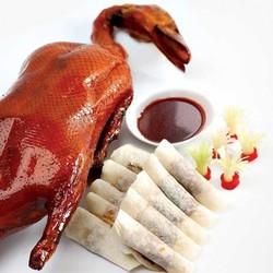 Vịt quay Bắc Kinh cho 4-6 người - Nhà hàng Xoay duy nhất Việt Nam