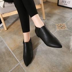 Giày Bốt Nữ Cổ Ngắn Mũi Nhọn Da Mềm Mã T46