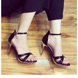 giày cao gót quai chéo sang trọng