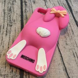 Ốp lưng iphone 5 5s hình thỏ Moschino.
